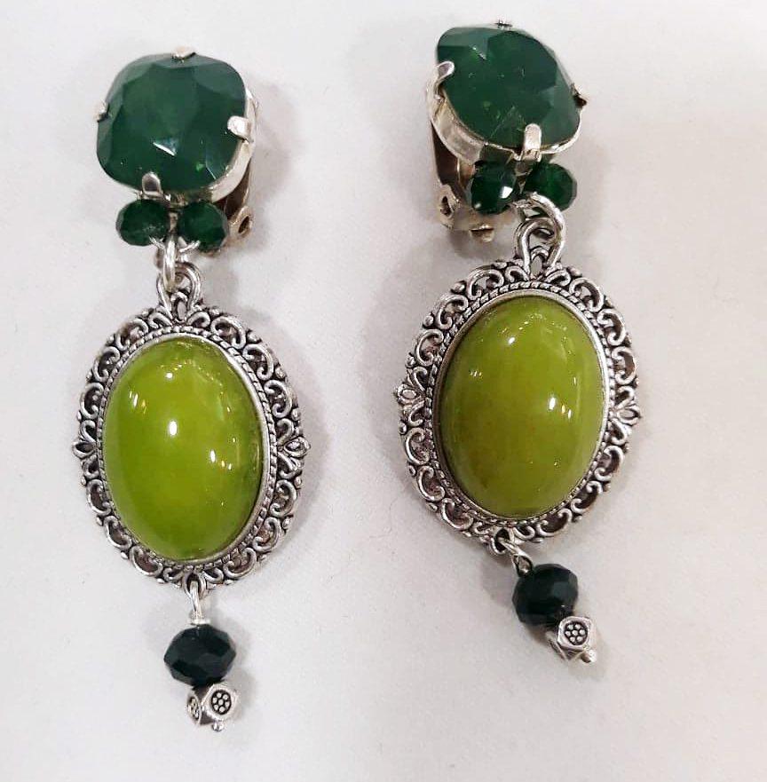 Boucles d'oreilles à clips » merveilles de verts » en verre et cristal de swarovski